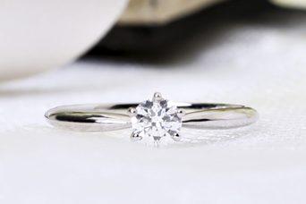 ダイヤは割れる!?綺麗なダイヤモンドを守るために・・・vol.1